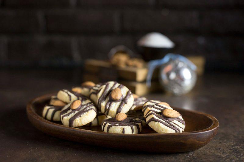 chocolate striped coconut cookie recipe