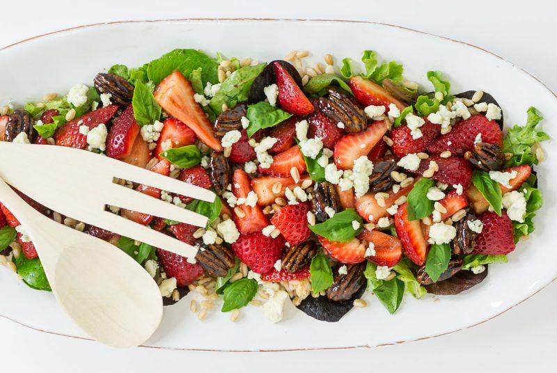 strawberry farro salad with balsamic glazed pecans recipe