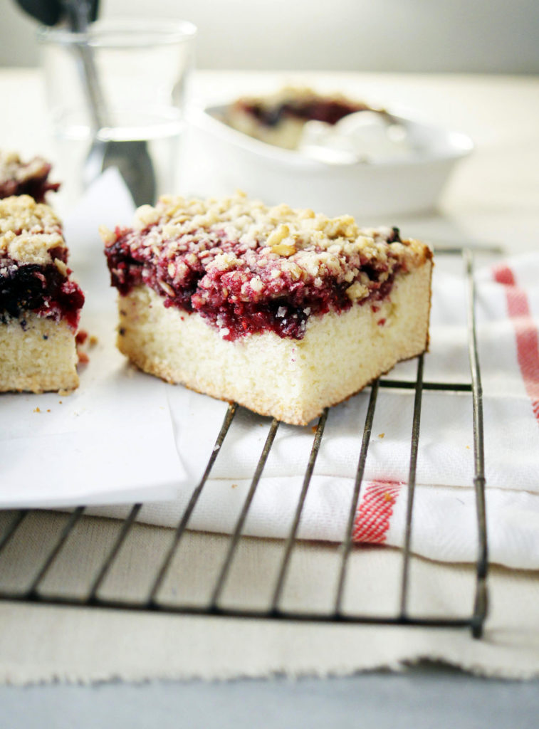 mixed berry buckle recipe