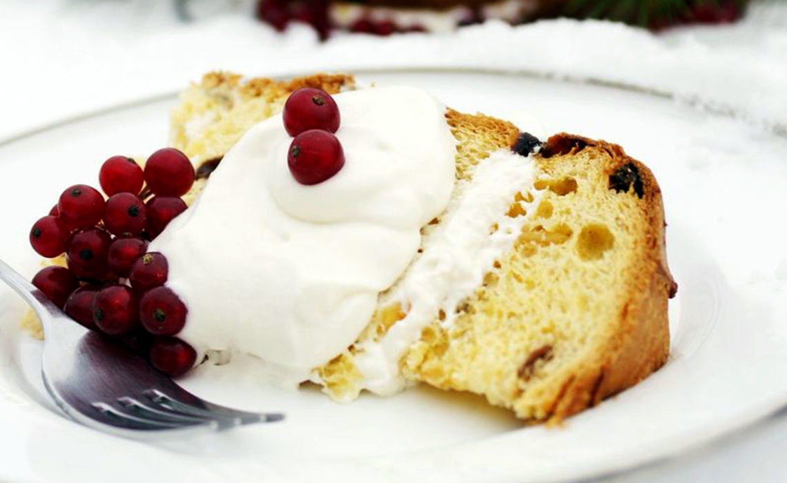 Treat of the Week:  Panettone with Champagne Cream